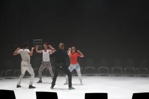 """""""TRANS-"""" (Performance beim Stückemarkt). Foto (c) Judith Buss"""